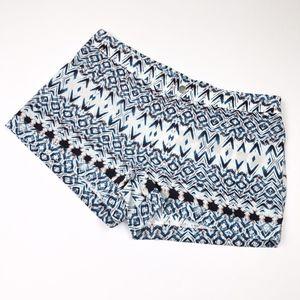 "Bella Luxx   Blue Printed 3"" Inseam Shorts New"